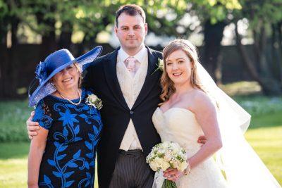 groom with mum